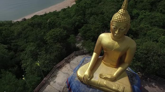 Learn all about Buddhism in Thailand.