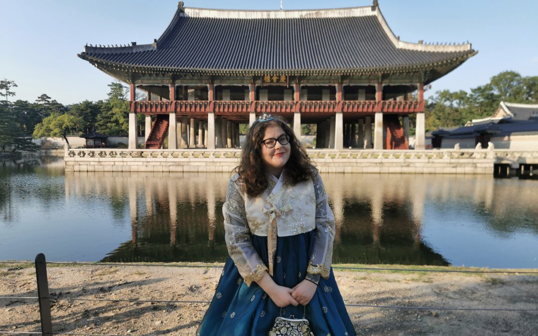 The Truth About Being a Plus-Sized Woman in South Korea – Beth's Story